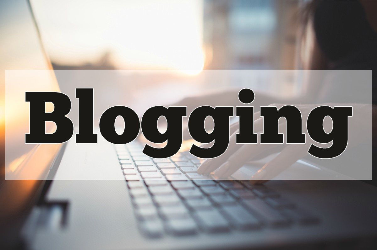 7 Things to Consider Before Choosing Blogging as a Fulltime Career